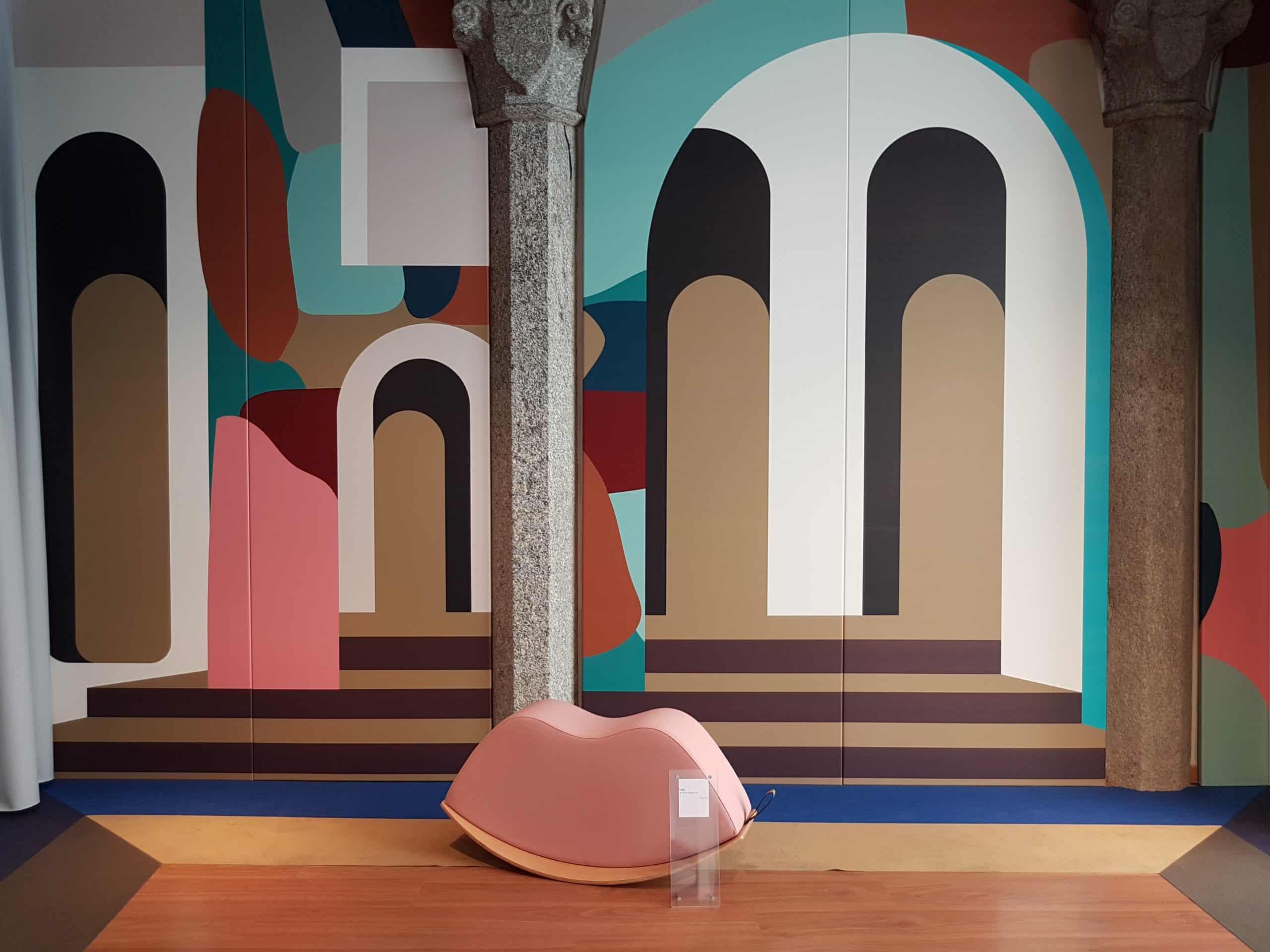 La toile Stamskin de Serge Ferrari mise en scène par le duo GGSV dans le quartier 5vie.