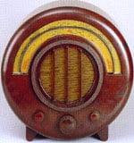 1934 La radio Ekco par Wells Coates